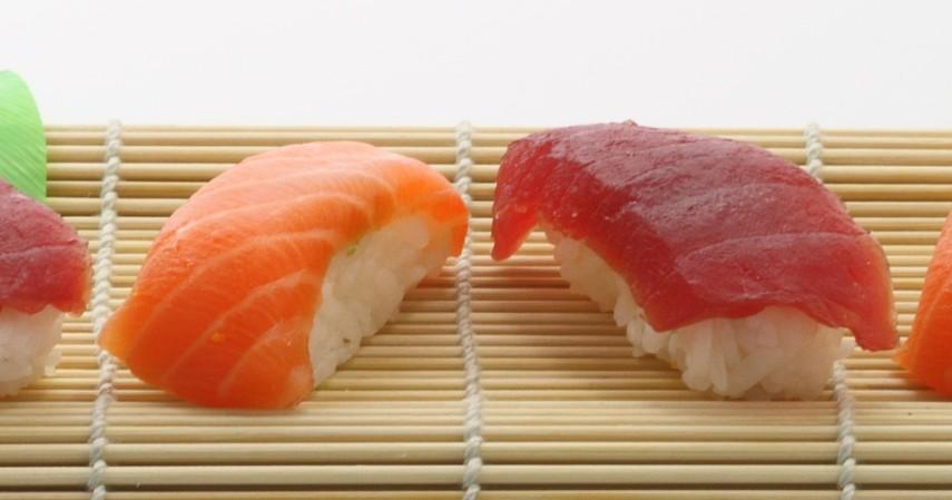 Lebih Sehat Tuna atau Salmon