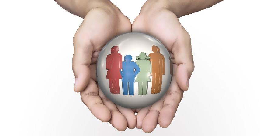 Memiliki Proteksi - Tips Menabung Dana Pensiun Meski Gaji Pas-pasan