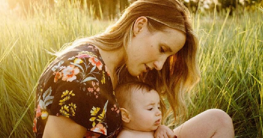 Perbedaan Hari Ibu dan Mother's Day_ - Perbedaan Hari Ibu dan Mother's Day