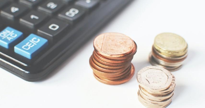 Pertimbangkan uang muka dan cicilannya - 7 Tips Beli Mobil Bekas secara Kredit