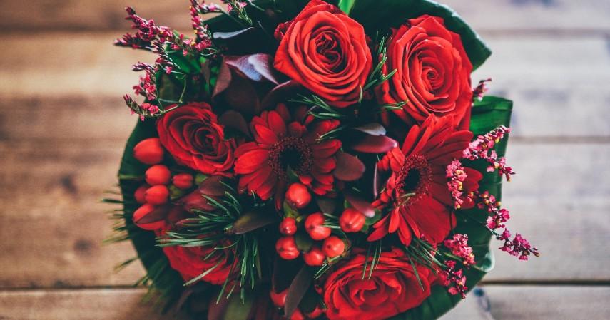 Rekomendasi Ide Hadiah Terbaik untuk Hari Ibu - Buket Bunga