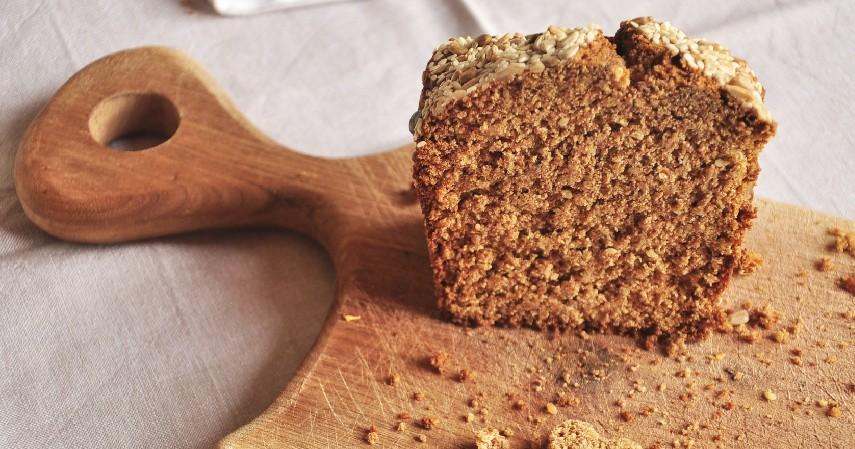 Roti Gandum Utuh - Jenis Roti untuk Diet Tinggi Serat dan Bikin Kenyang Lebih Lama