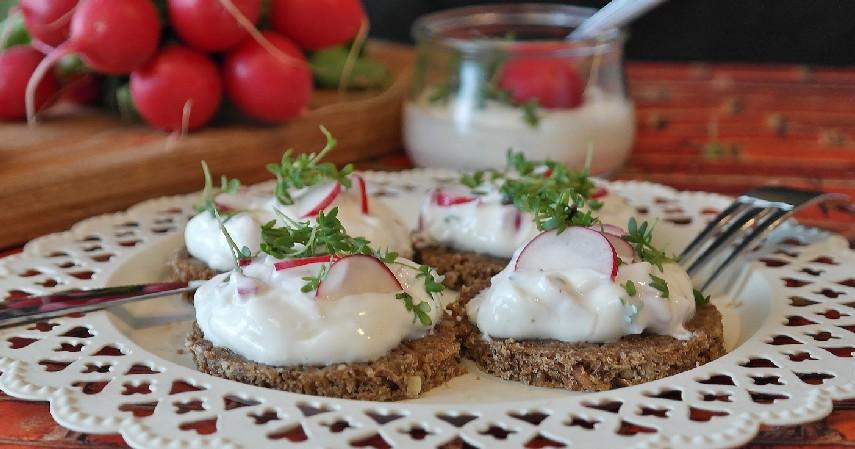 Roti Pumpernickel - Jenis Roti untuk Diet Tinggi Serat dan Bikin Kenyang Lebih Lama