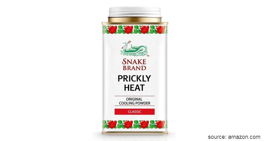 Snake Brand Prickly Heat Cool Powder - 8 Merk Bedak Gatal Terbaik