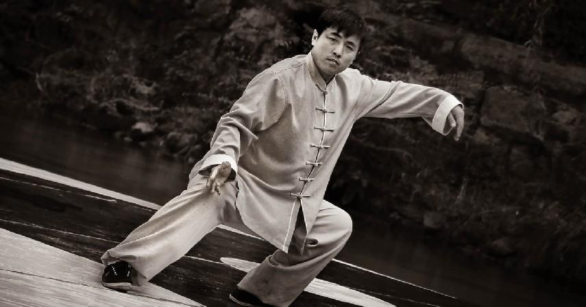 Tai Chi - 8 Olahraga Pereda Stress yang Bisa Kamu Lakukan Sendiri
