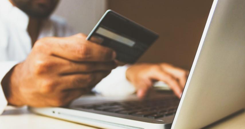 Tips Ajukan Kartu Kredit untuk Mahasiswa - Jadi Pemegang Kartu Tambahan
