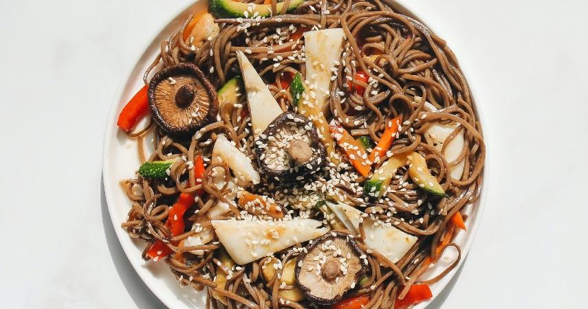 Toshiko Soba Jepang - 9 Jenis Kuliner Khas Tahun Baru di Berbagai Negara