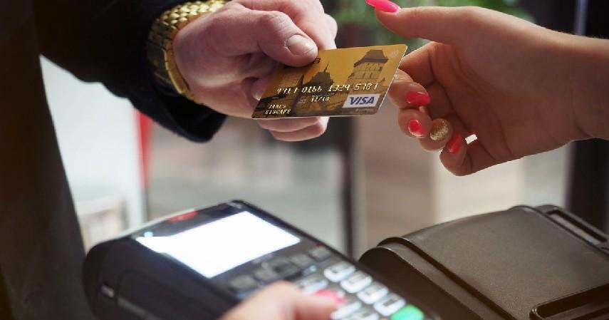 Biaya Over Limit - 8 Biaya Kartu Kredit Selain Bunga yang Wajib Diketahui Sebelum Apply