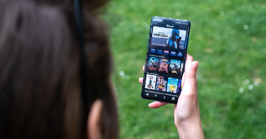 Genre dan Konten - Disney Plus Hotstar atau Netflix Layanan Streaming Paling Oke