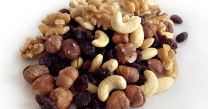Kacang-kacangan - 9 Makanan yang Aman Dikonsumsi sebelum Olahraga