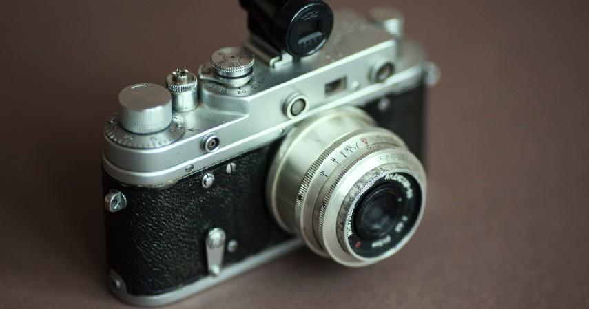 Kamera Antik Analog - Peluang Bisnis Barang Antik