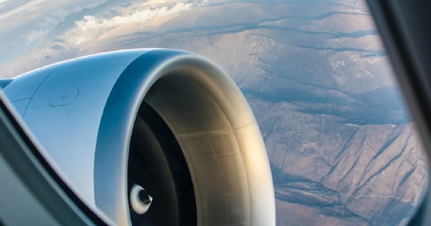Kerusakan mesin - Faktor Penyebab Kecelakaan Pesawat