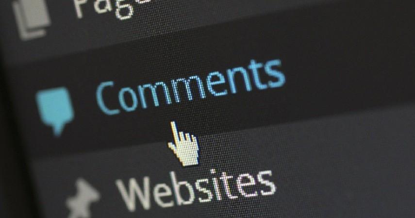 Komentar kasar - Hal yang Pantang Diumbar di Media Sosial