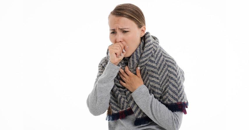 Obat batuk - Manfaat Daun Sirih untuk Kesehatan Tubuh