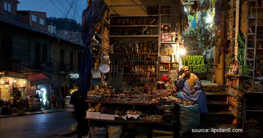 Pasar Penyihir – Bolivia - 9 Pasar Teraneh di Dunia