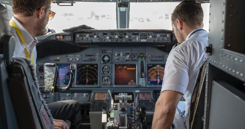 Percayalah pada Pilot - 7 Cara Mengatasi Fobia Naik Pesawat