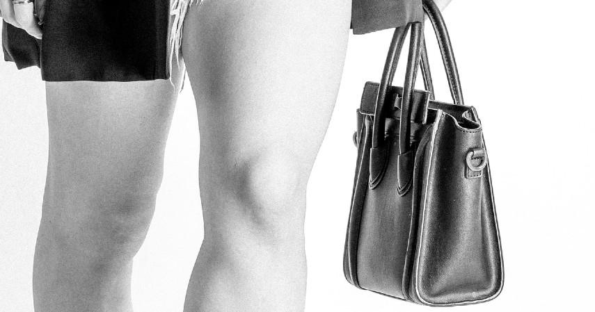Prediksi Tren Fashion 2021Baguette bag dan tas kecil ala Korea lainnya akan jadi tren