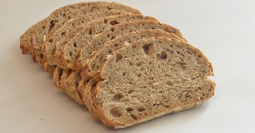 Roti gandum - 9 Makanan yang Aman Dikonsumsi sebelum Olahraga