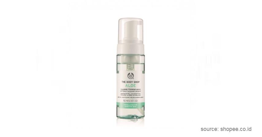 The Body Shop – Aloe Foaming Facial Wash - Sabun Muka Terbaik Untuk Kulit Jerawat hingga Sensitif