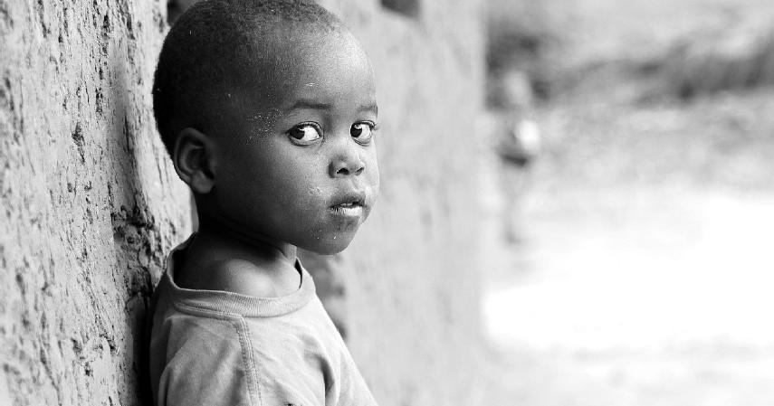 Tidak mengalami pertumbuhan - Tanda Anak Kurang Gizi dan Penanganannya