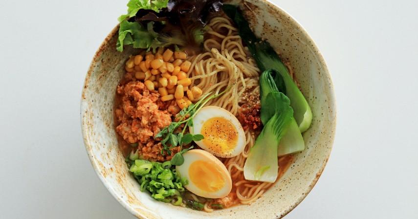 -601bbd1439c82--601bbd1439c845 Resep Makanan Korea yang Mudah Dibuat, Paling Sering Muncul di Drakor - Ramyun (1).jpg