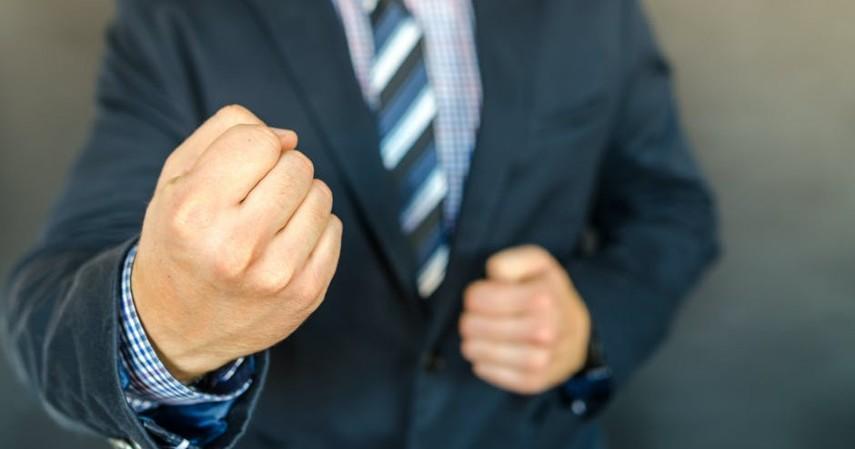Contoh Kasus Pinjaman Online dan Cara Melaporkannya - Kasus penagihan tak berujung