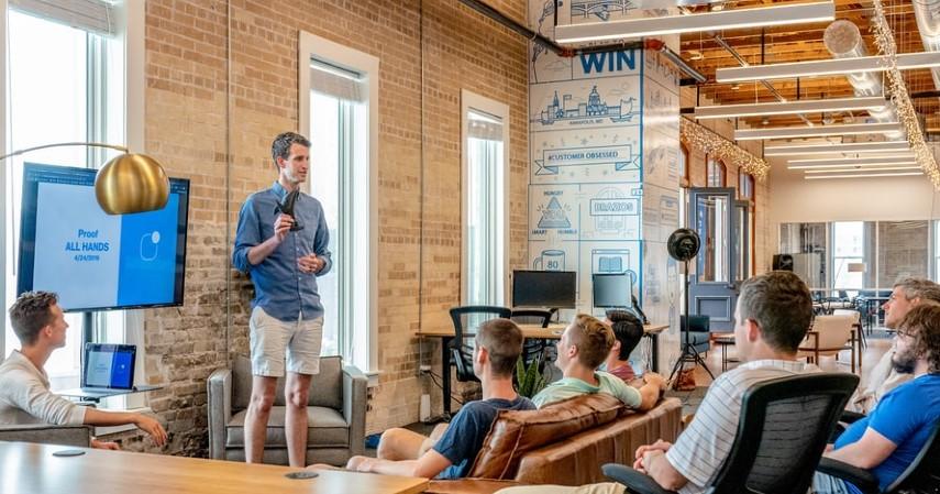 Keuntungan dan Kerugian Bisnis MLM yang Wajib Diketahui Sebelum Bergabung - Apa itu bisnis MLM