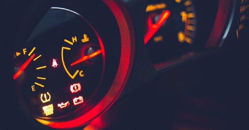 Konsumsi Bahan Bakarnya - 5 Cara Membedakan Mobil Matic Dan Manual
