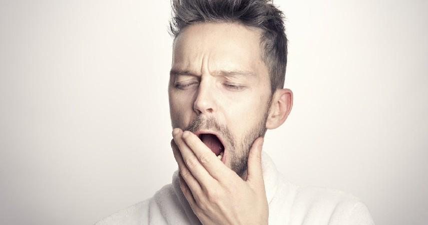 Kurang Tidur - 6 Penyebab Penuaan Dini pada Wajah