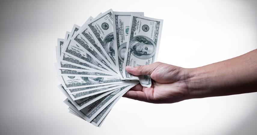 Manfaat Main Game Online yang Menguntungkan - Menghasilkan uang