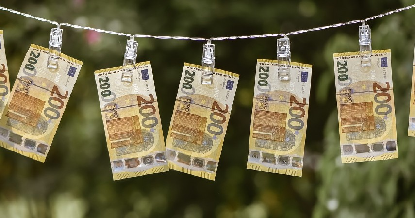 Pencucian Uang - Bahaya Tarik Tunai Kartu Kredita
