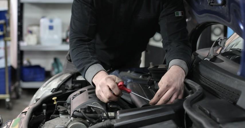 Perawatannya - 5 Cara Membedakan Mobil Matic Dan Manual