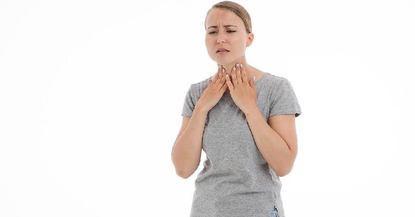 Sakit Tiroid - Penyebab Kuku Kuning
