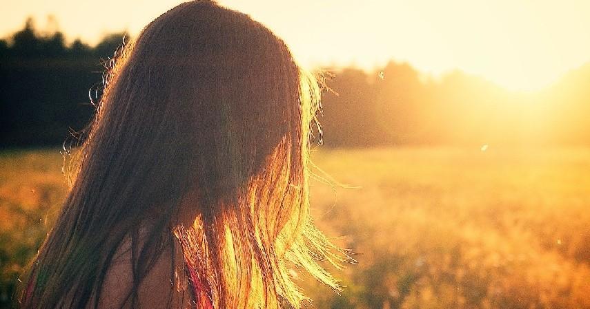 Sensitif terhadap Sinar Matahari - Bahaya Lemon untuk Wajah