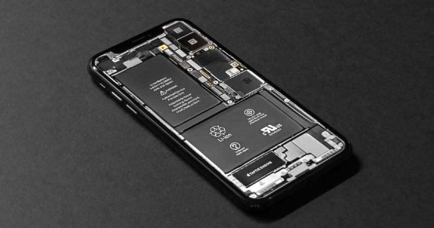 Tips Beli iPhone Bekas Biar Gak Rugi Bandar - Cek kesehatan baterainya