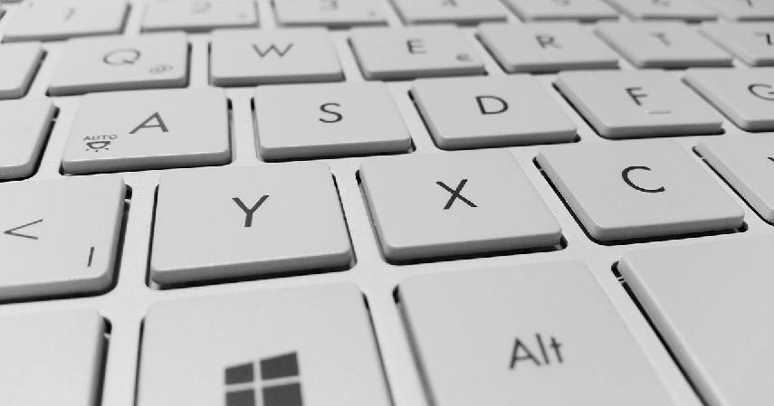 Tombol Alt + Prt Scr - Cara Screenshot di Laptop