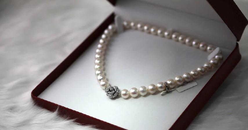 11 Ide Seserahan Lengkap sesuai Bujet untuk Kamu dan Pasangan - Ide seserahan perhiasan