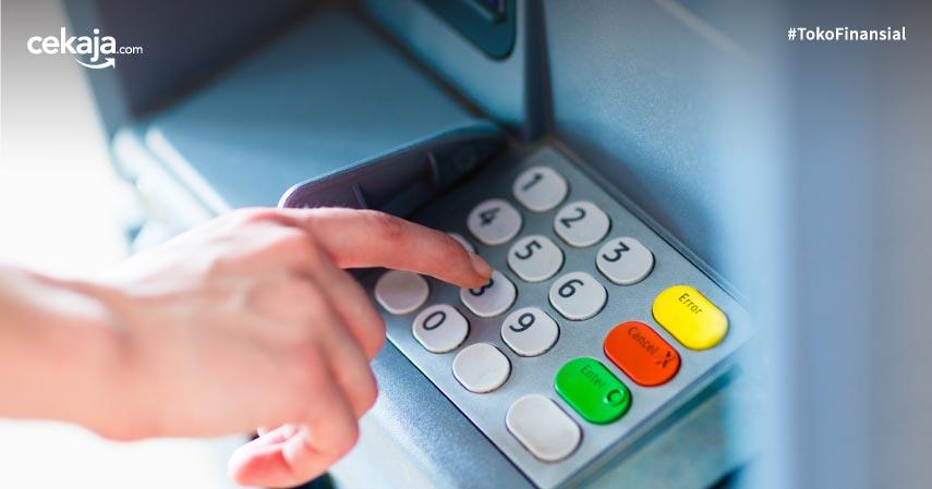 Cara Tarik dan Setor Tunai Tanpa Kartu di ATM BCA