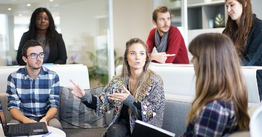 Agensi Kreatif - Ide Bisnis Kreatif Modal Minim