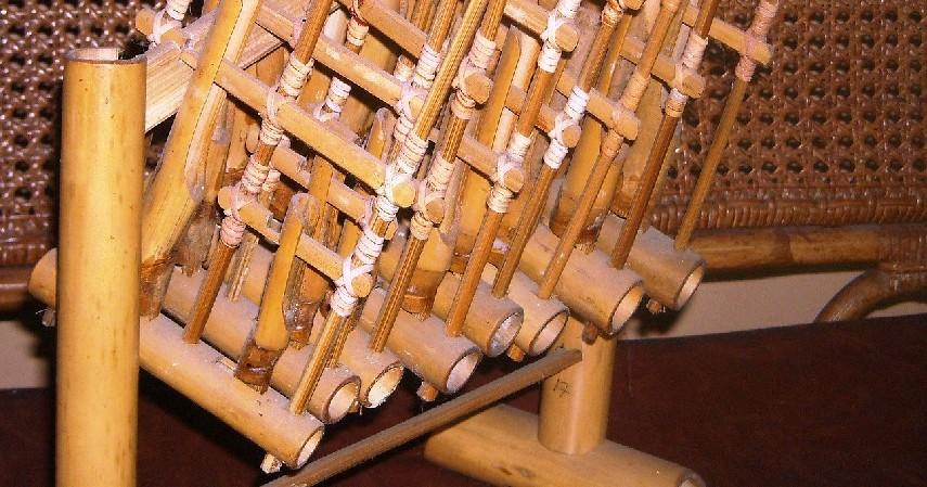 Angklung - Alat Musik Tradisional Indonesia yang Mendunia