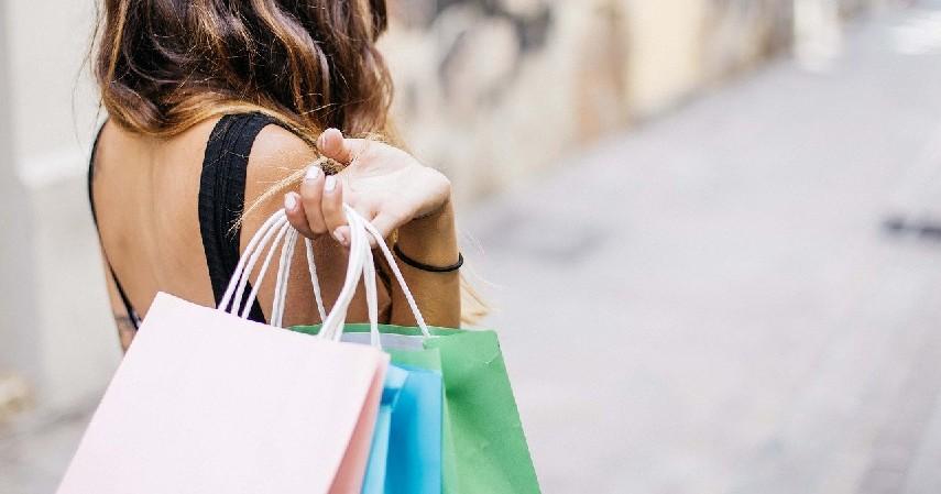 Bawa Kantong Belanja - Tips Menjadi Konsumen Cerdas