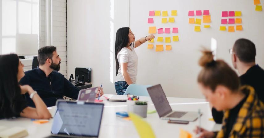 Cara Membuat Bisnis Plan beserta Contohnya - tetapkan strategi pemasaran