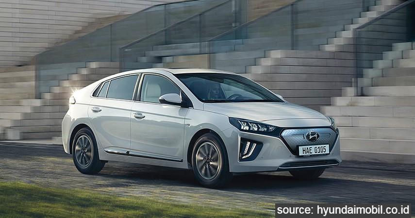 Hyundai Ioniq EV - 9 Daftar Mobil Listrik Murah di Indonesia