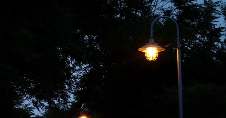 Kerajinan Dari Tanah Liat Yang Cocok Untuk Dekorasi Rumah Kekinian - lampu taman