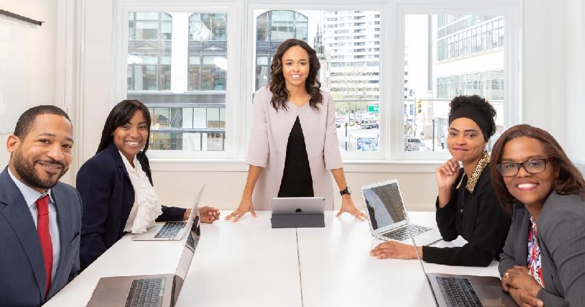 Melatih skill kepemimpinan - 8 Manfaat Ikut Program Management Trainee bagi Fresh Graduate