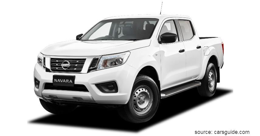 Nissan Navara - 10 Mobil Tahan Banjir Terbaik Anti Mogok Walau Terjang Banjir
