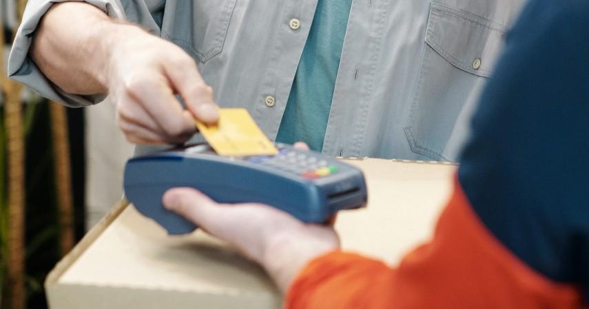 Pakai di saat butuh saja - 6 Tips Liburan ke Luar Negeri Pakai Kartu Kredit BNI