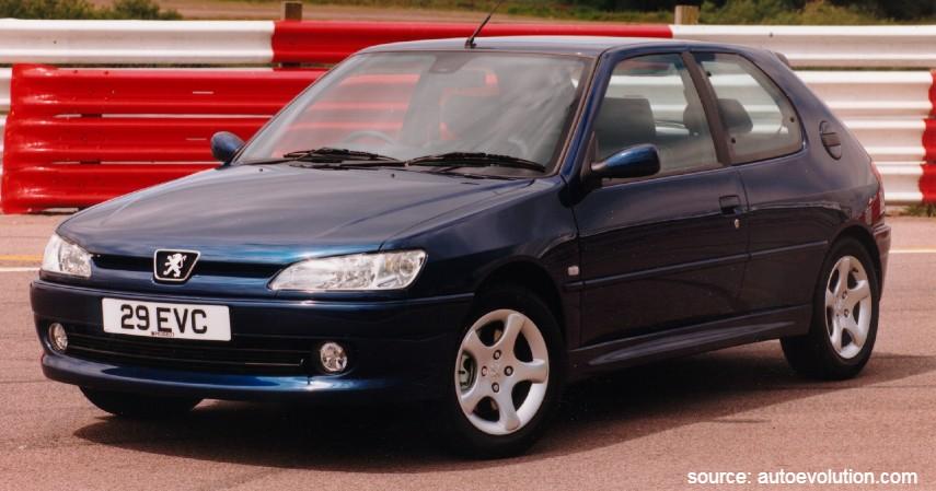 Peugeot 306 - 10 Daftar Mobil Bekas Rp30 Juta