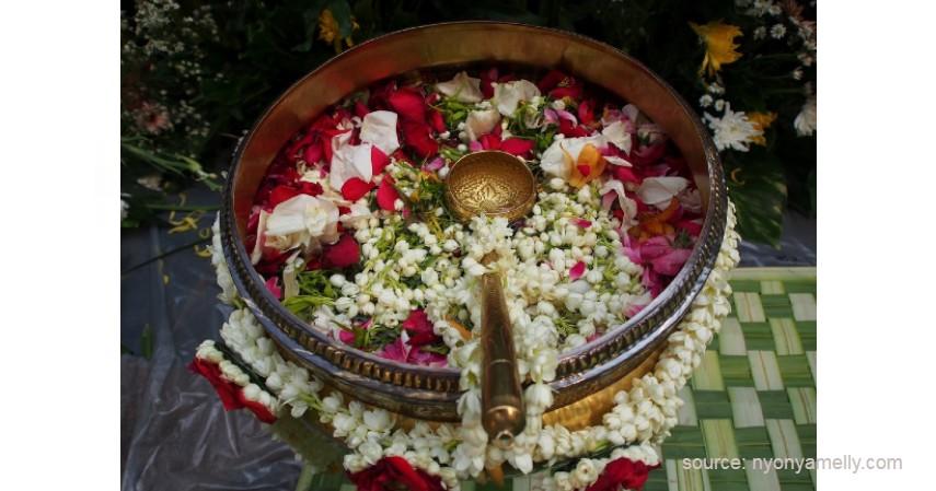 Sesaji Siraman - Makna Upacara Siraman Adat Jawa
