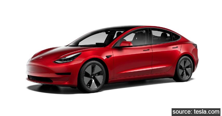 Tesla Model 3 Facelift - 9 Daftar Mobil Listrik Murah di Indonesia